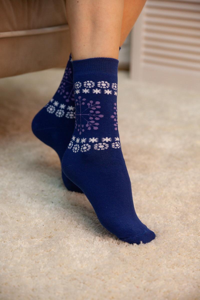 Женские теплые носки со снежинками
